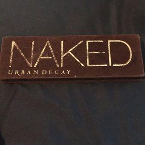 naked eyeshadow palet